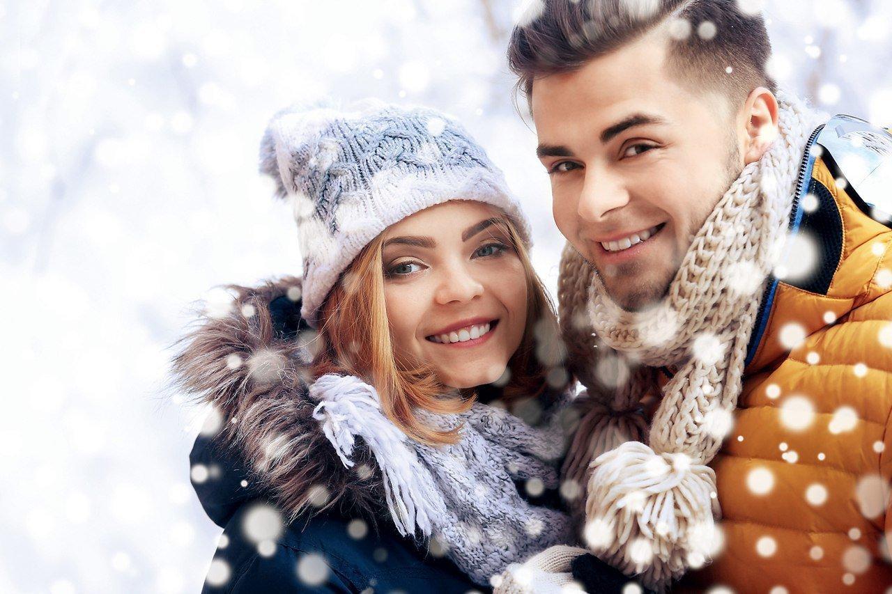 Картинка парень с девушкой зима